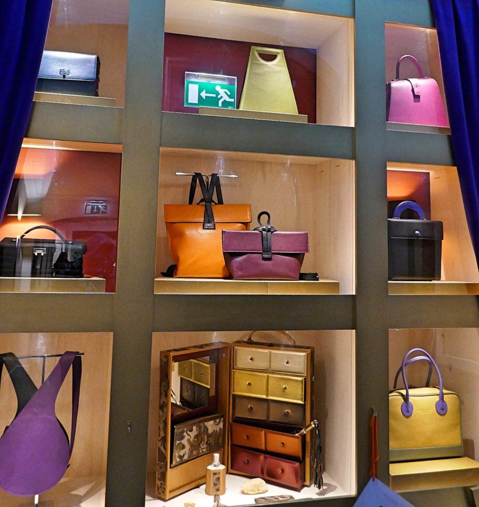 moderne tassen bij Hendrikje